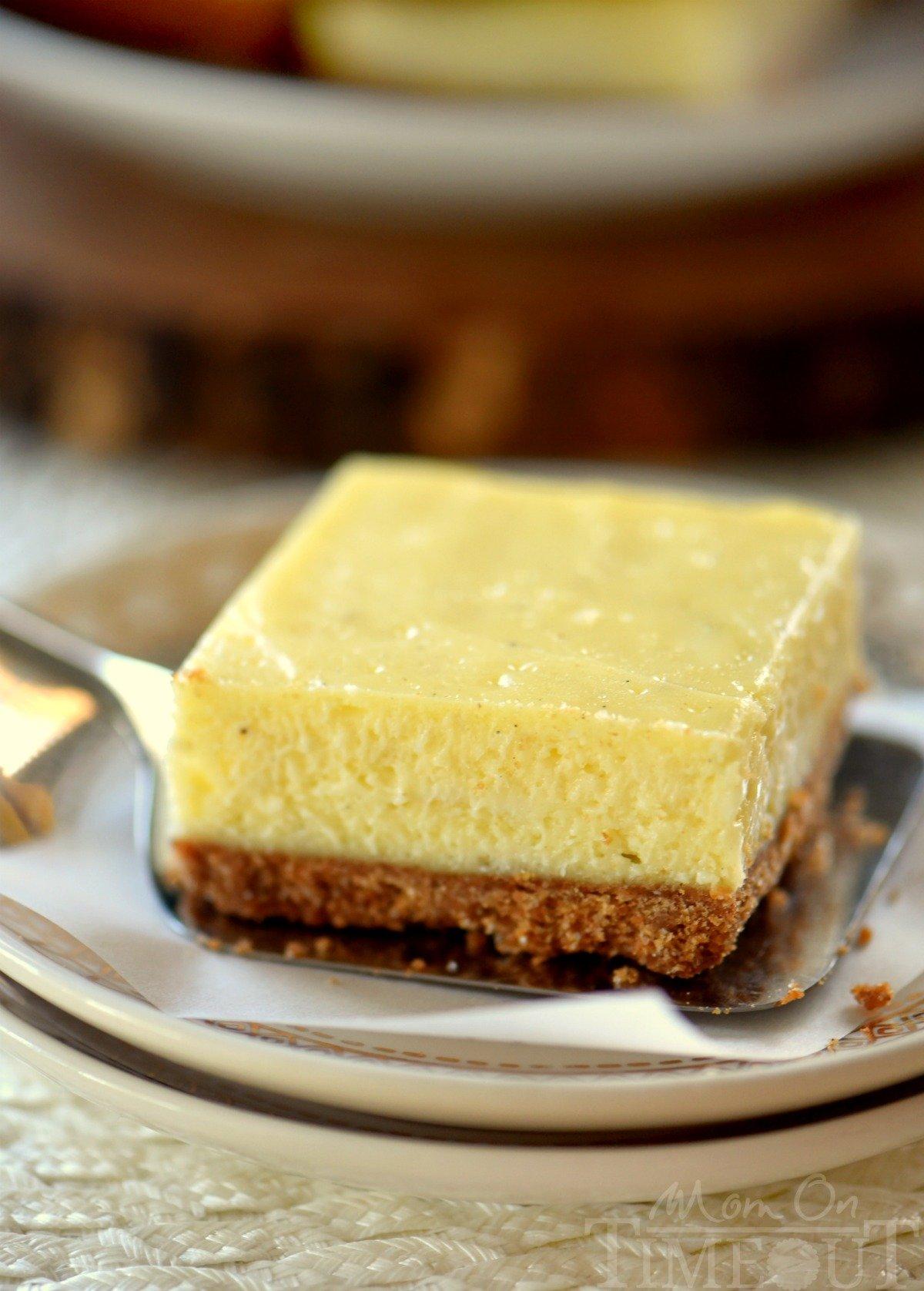vamilla-bean-cheesecake-bars