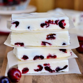 white-chocolate-cranberry-fudge-front-sidebar