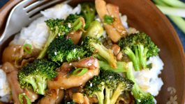 20 Minute Sesame Chicken with Broccoli