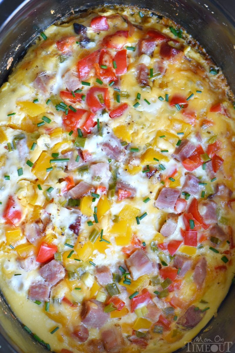 This Slow Cooker Overnight Ham and Cheese Breakfast Casserole is a great way to start your day! Loaded with ham, cheese, potatoes, bell peppers, and more, this casserole is perfect for busy weekday mornings or Sunday brunch! // Mom On Timeout