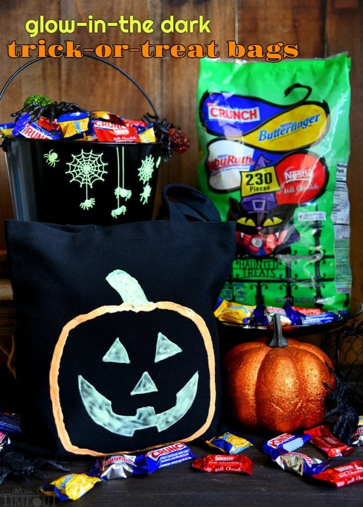 Make this Halloween the best yet with these DIY Glow-in-the-Dark Trick-or-Treat Bags featuring your favorite Nestlé candies! Fun, easy, and spook-tacular! // Mom On Timeout