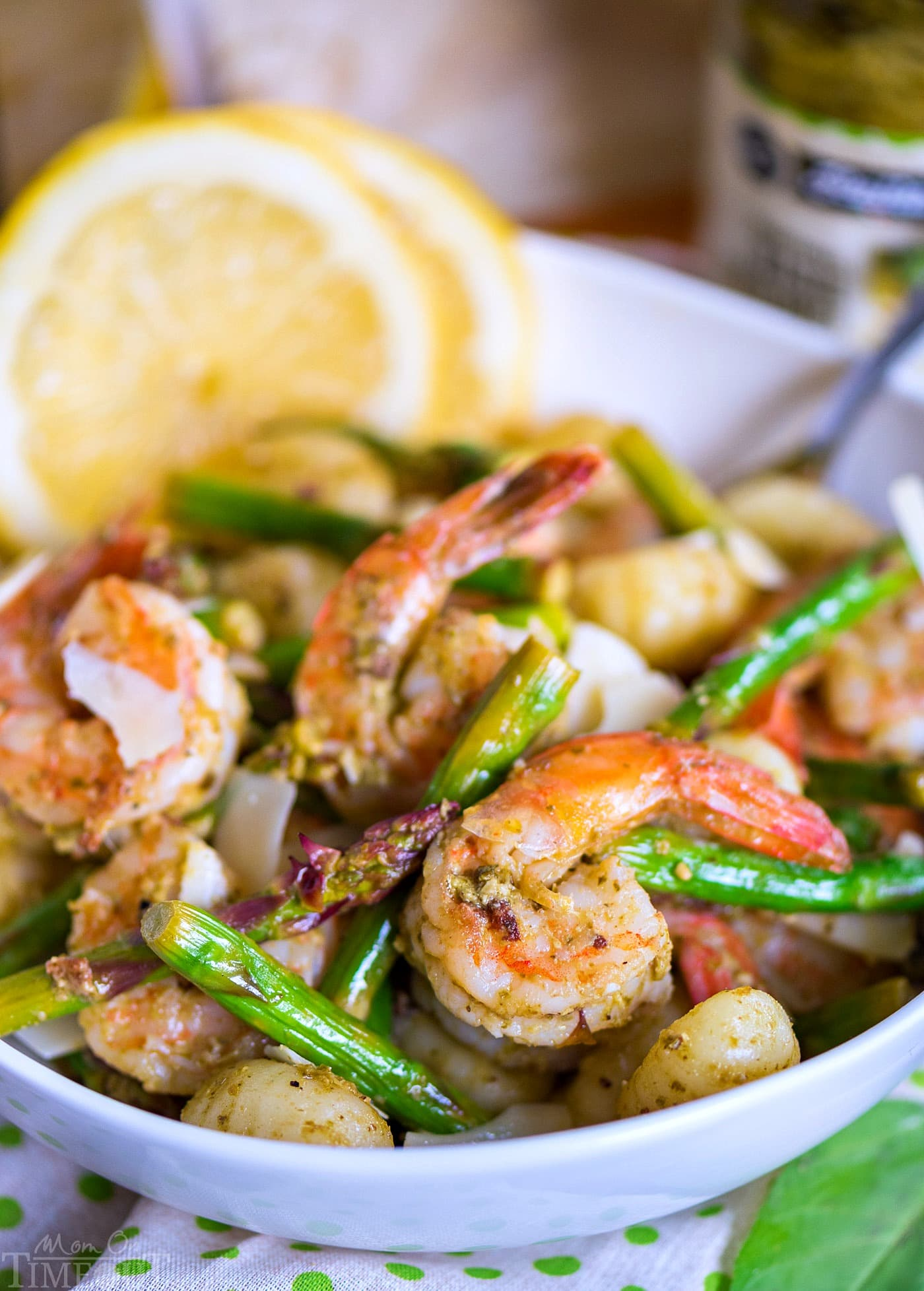 pesto-shrimp-gnocchi-asparagus-recipe