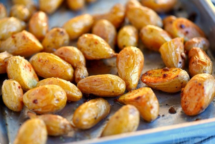 quick-garlic-roasted-potatoes-oven