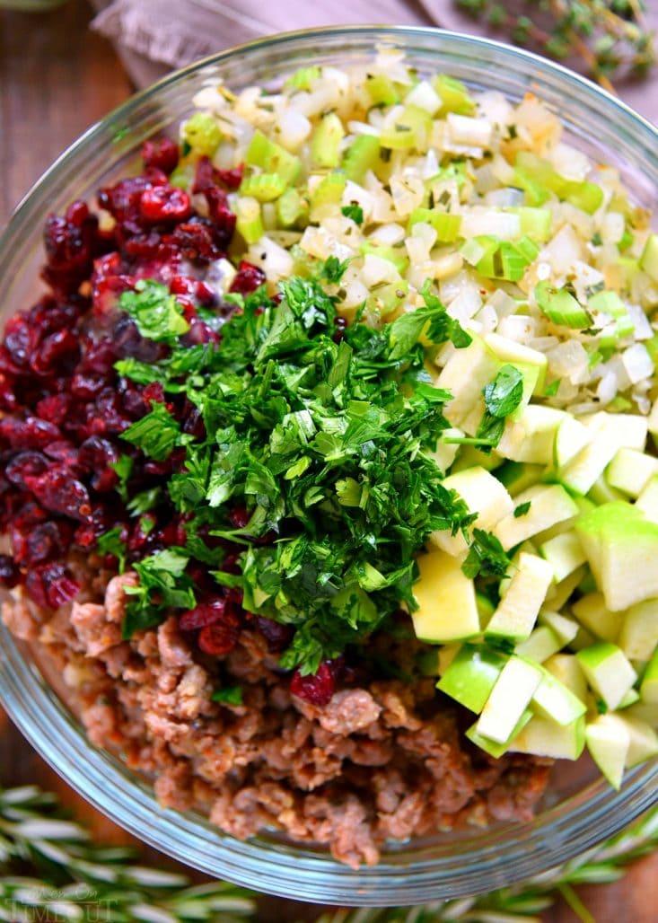 stuffing-recipe-ingredients-bowl