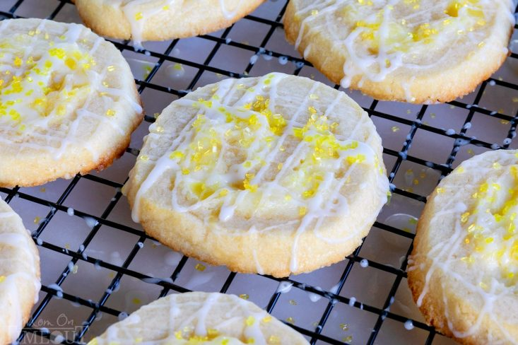 pineapple-pinwheel-cookies-recipe-cooling-rack