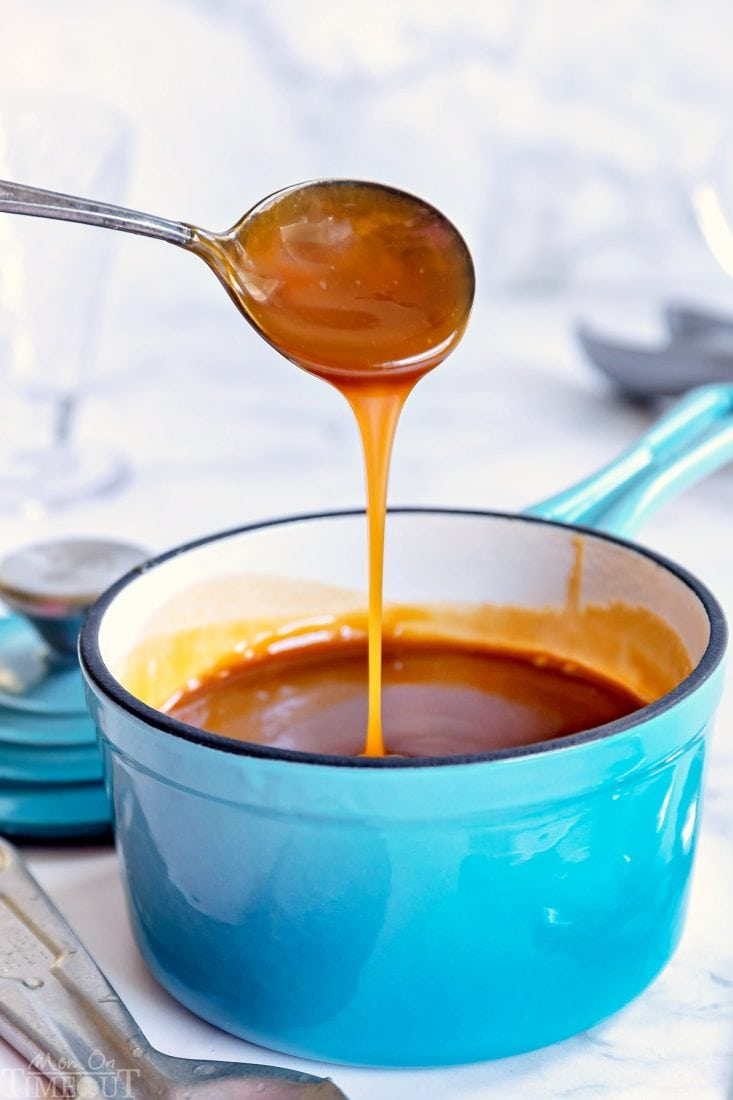 easy-caramel-sauce-in-sauce-pan-spoon-drizzle