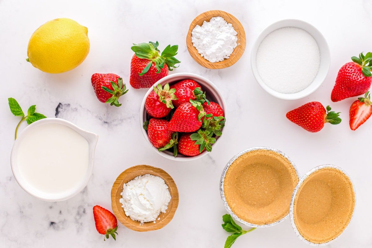 strawberry pie ingredients measured out into small bowls and ready to use.